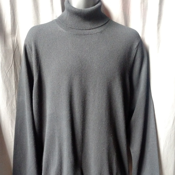 Saks Fifth Avenue Other - SAKS FIFTH AVENUE Men's Scottish Cashmere Pullover